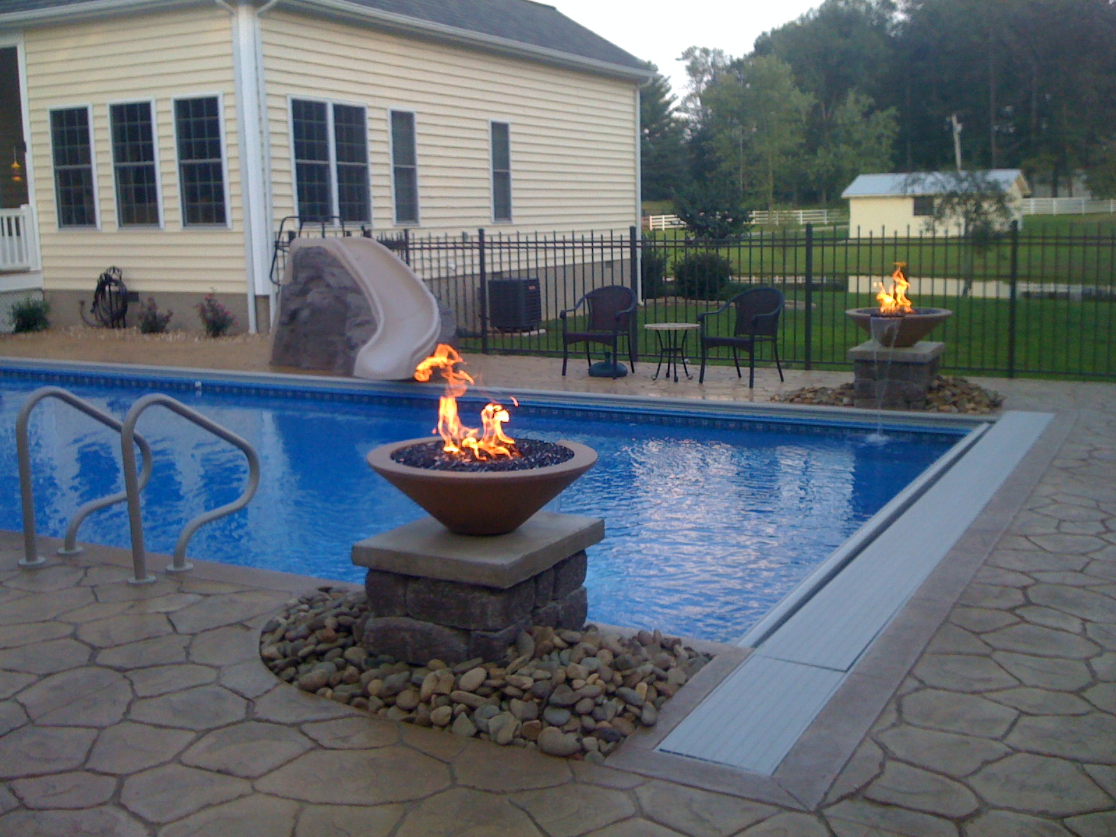 Firebowls - Fire and Water Pool Features - Lowe Pools ...